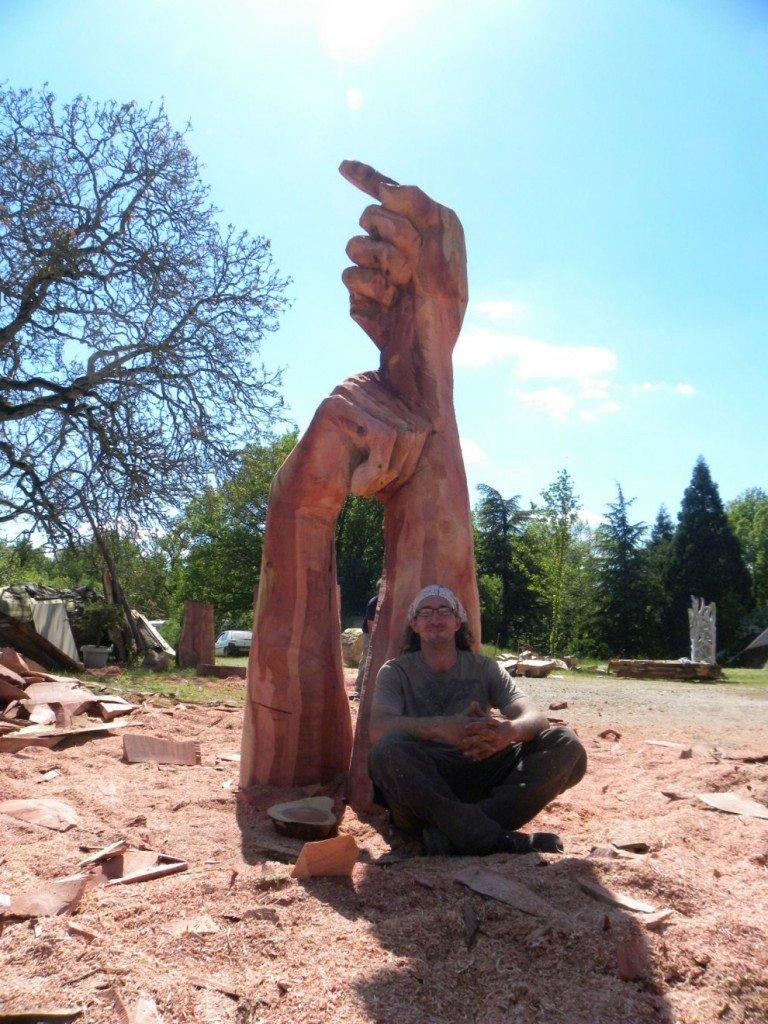 Mains dans Sculptures latille-mai-219petite-768x1024